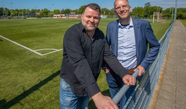 Frank Spermon en Rob Snijders willen NVC een Naardense club maken.