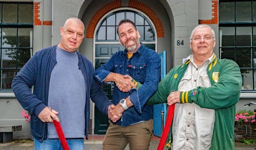 Van linksaf: Ed Bakker, Eelco Knops en Meijndert Ruitenberg beklinken hun samenwerking.