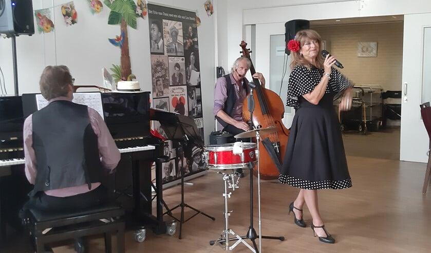 De bewoners kunnen onder andere genieten van muzikale optredens.