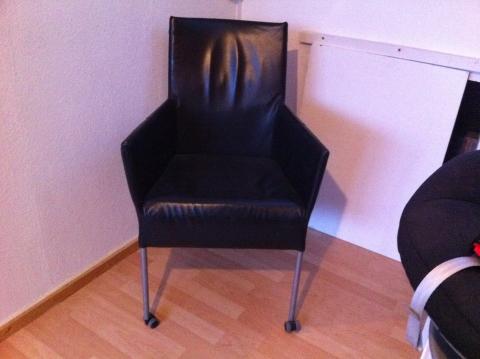 Stoel Met Wielen : Leren stoelen met wieltjes. perfect dineren wordt een luxe ervaring