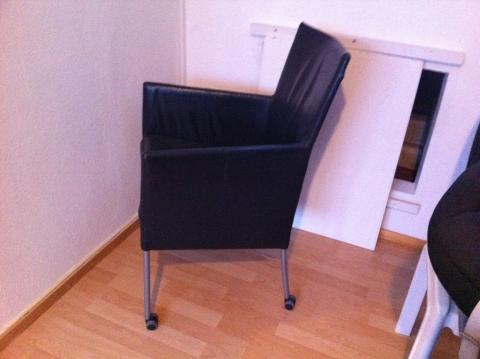 Zwarte leren eetkamerstoelen stoelen bij ikea zit je goed ikea