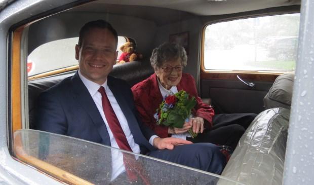 Burgemeester Sjoerd Potters en mevrouw Gré Wemer