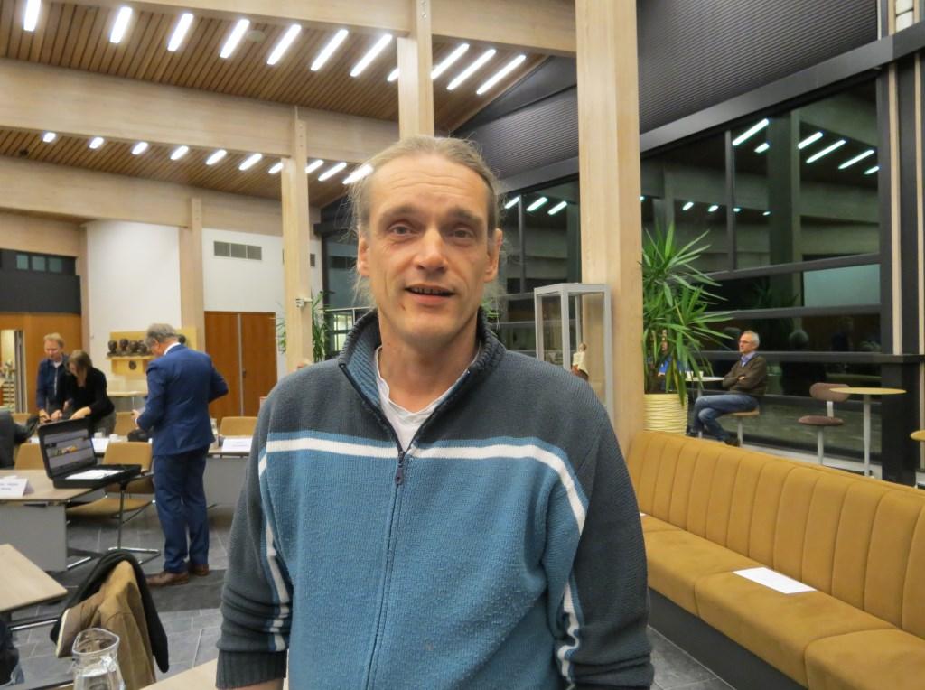 Een motie van afkeuring ingediend door Menno Boer werd verworpen.   © De Vierklank