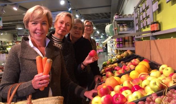 De dames van Rotary Zandzegge kiezen bewust voor lokale producten.