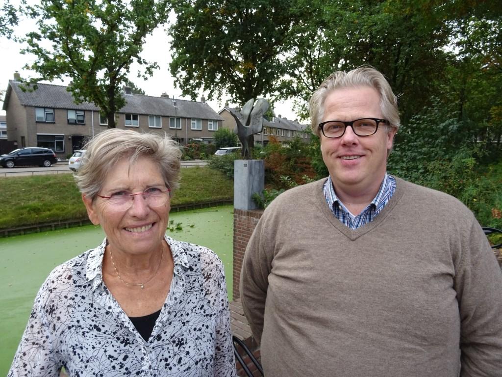 Ineke van Bemmel en Gert-Jan Weierink  vinden dat er een sterk historisch besef leeft bij de inwoners van Groenekan, Hollandsche Rading, Maartensdijk en Westbroek.  © De Vierklank
