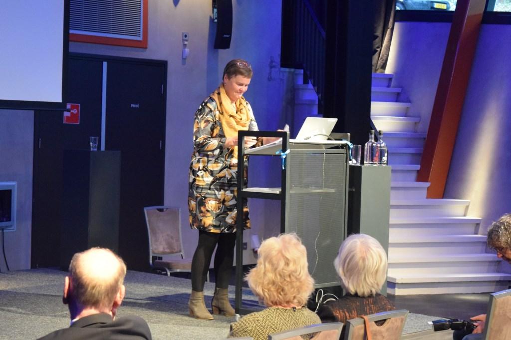 Wethouder Anne Brommersma vertelt over de professionalisering van de organisatie.
