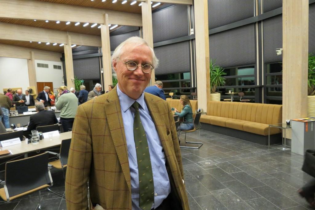 Henric de Jong Schouwenburg werd gekozen als voorzitter van een raadscommissie.