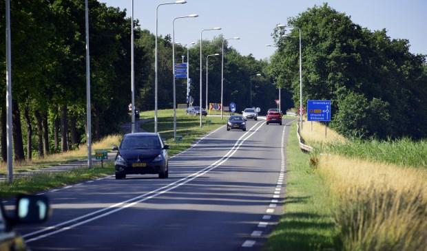 Ondanks sluipverkeer toch weinig filevorming op de Kon. Wilhelminaweg.