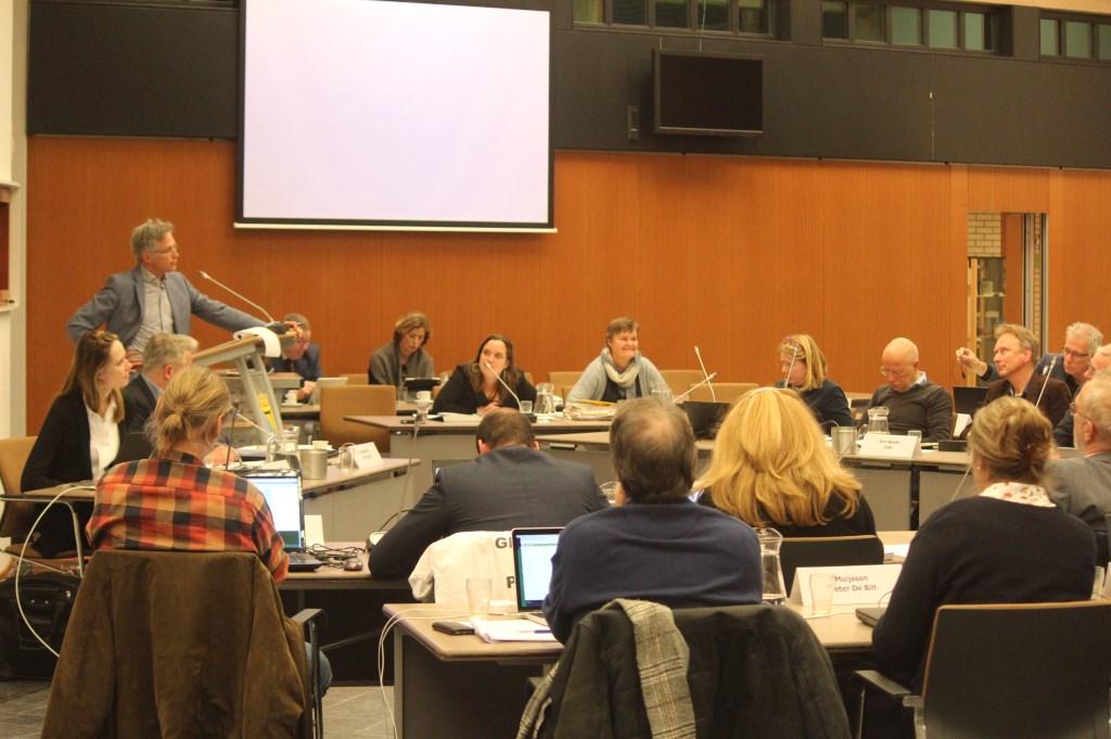 Wethouder Hans Mieras: 'Welke procedure er ook wordt gevolgd, het plan wordt er niet anders door'.   © De Vierklank