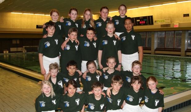 De twee jeugdteams (tot 11 jaar) van waterpolovereniging BZC Brandenburg zullen in de nieuwe shirts en broeken.