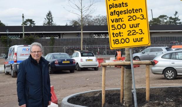 Hein Reedijk hoopt dat de nieuwe gemeenteraad nu eindelijk eens iets gaat doen aan het parkeerbeleid in Bilthoven Centrum.
