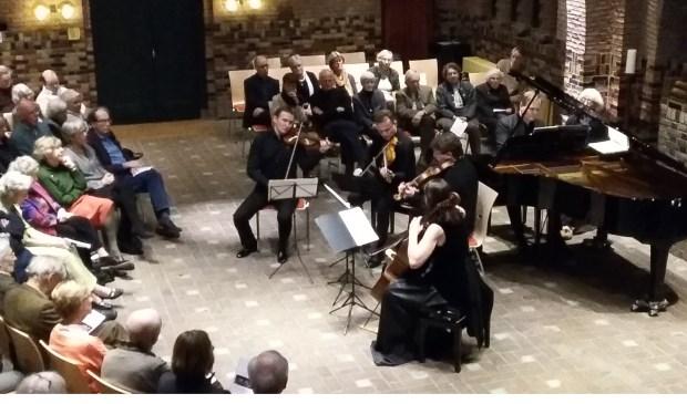 Mischa Fomin en het Atrium Strijkkwartet in een prachtige uitvoering van Brahms.