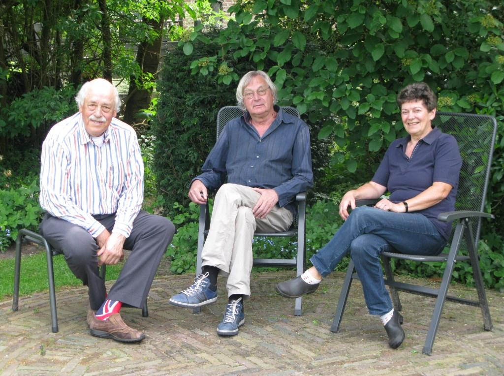 Vanuit Hollandsche Rading behartigden v.l.n.r. Rob Klaassen, Siete Land en Oot Verharen de belangen van flora en fauna.