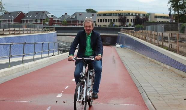 Wethouder Ebbe Rost van Tonningen was o.a. betrokken bij de realisatie van de tunnel in de Leijen; hij noemde daarbij ook zijn voorgangers voor hun betrokkenheid.