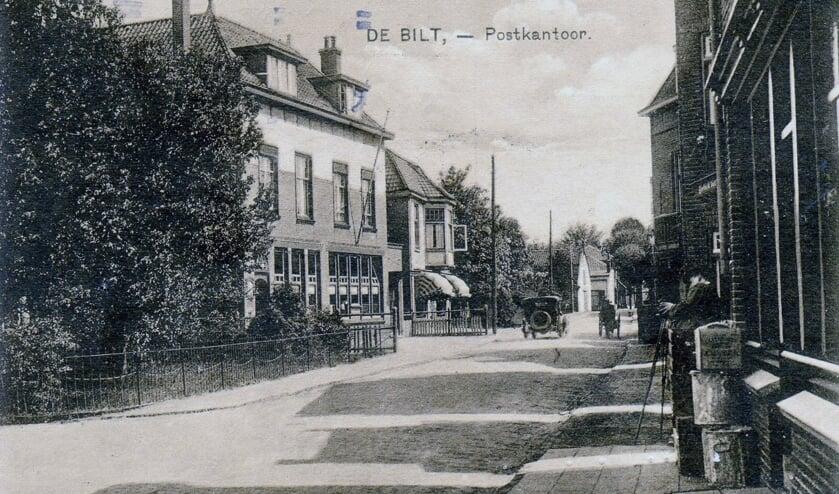 Withstraat postkantoor1.jpg Het postkantoor aan de Burgemeester de Withstraat.