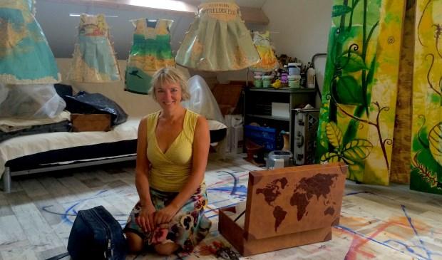 Mieke de Waal in haar atelier.