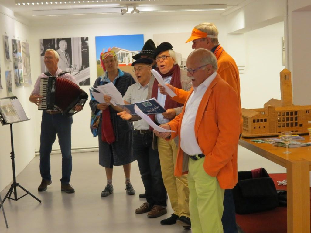Sterk Sul zorgde met een aangepast repertoire voor de slotnoten.  © De Vierklank