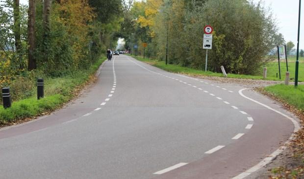Op de Korssesteeg in Westbroek wordt het verkeer gemonitord via kentekenregistratie. [foto Henk van de Bunt]
