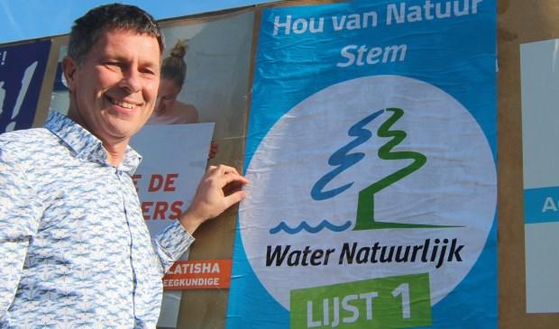 Diederik van der Molen was zaterdag 23 februari ook bij de plakkerij op de borden langs de Biltse Rading.