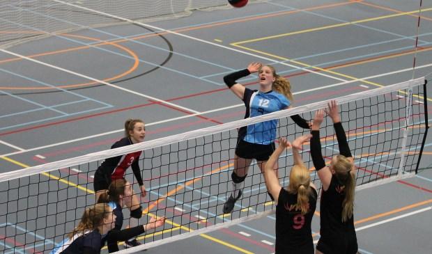 Irene laat wisselvallig spelbeeld zien tegen VV Utrecht.
