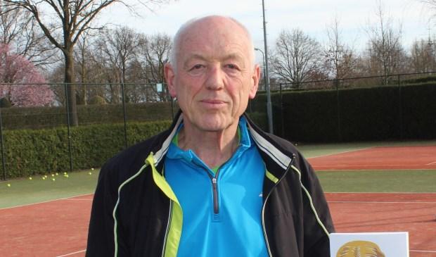Na 'Zitvlees' schreef Maartensdijker Jan Bouman zijn tweede boek.