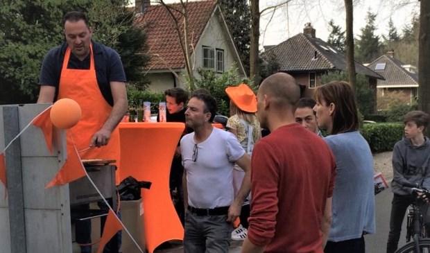 Hollandsche Rading kleurt oranje