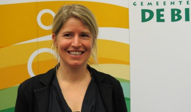 Leontine Kok krijgt steun en lof voor door haar ingediende amendementen.  © De Vierklank