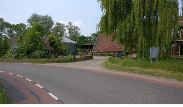 De colleges van B&W van gemeenten De Bilt en Stichtse Vecht hebben op 14 mei 2019 hun voorkeur uitgesproken voor de locatie Kerkdijk 176 te Westbroek als brandweerpost. [foto Henk van de Bunt]