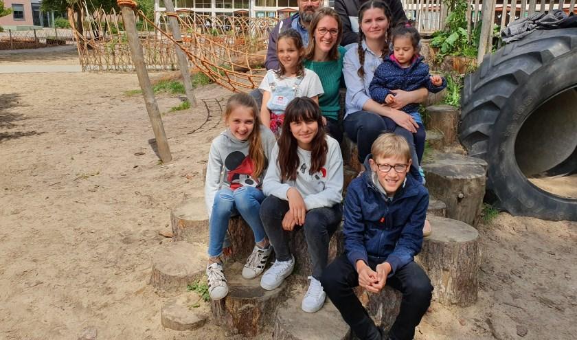 De families konden het direct met elkaar vinden; met boven v.l.n.r. Luc, Eline, Amir en Shohreh.