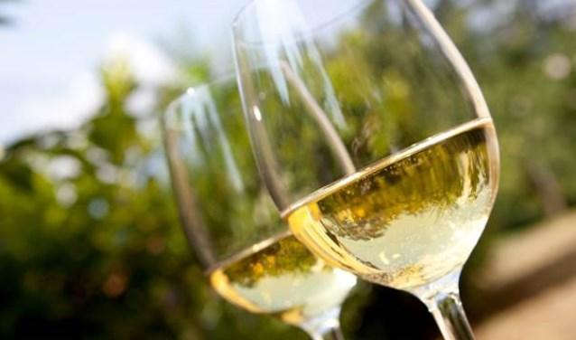 Afbeeldingsresultaat voor proeverij wijn
