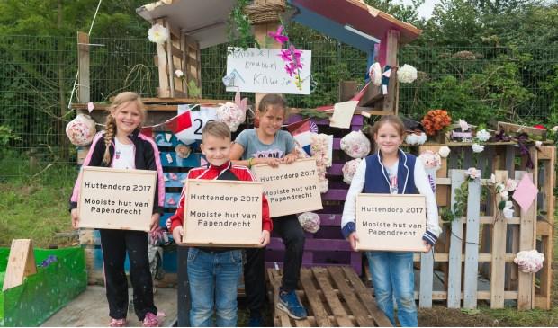 • Iva Donker, Rowan van Eewijk, Jintje Donker en Robin van Eewijk wonnen de eerste prijs.