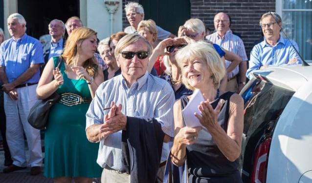 • Emmy Verhey vorig jaar tijdens de onthulling van de 'Gouden Emmy' op Gasthuiskapel.