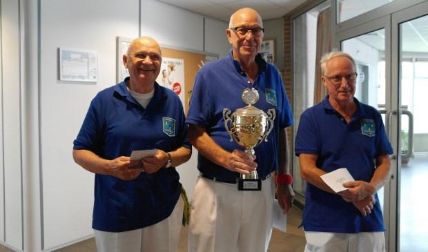 Het winnende team, met v.l.n.r. Han Borsten, Piet Groeneveld en Leen Burgers