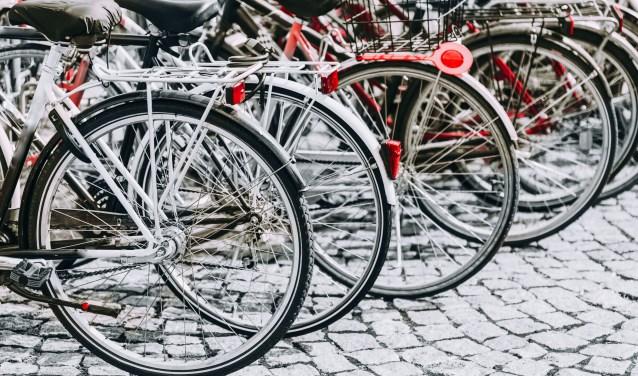 Alblasserwaard - Vijf boetes voor fietsen zonder verlichting in Meerkerk