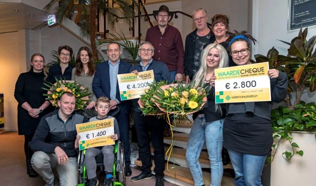 Oelermans Plastics schenkt prijzengeld aan goede doelen.