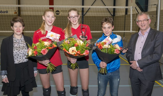 • De huldiging van de succesvolle beachvolleyballers.