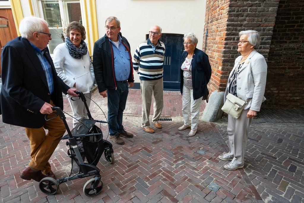 • Feestelijke opening van de Voorstraat Foto: Nico Van Ganzewinkel © Vianen