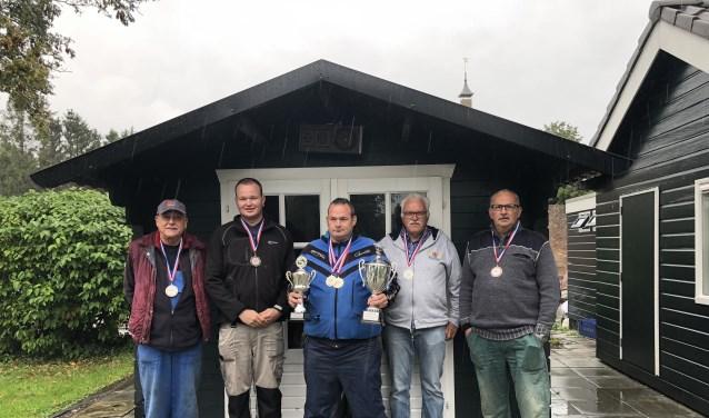 • De top vijf met kampioen Ursus de Boer in het midden.