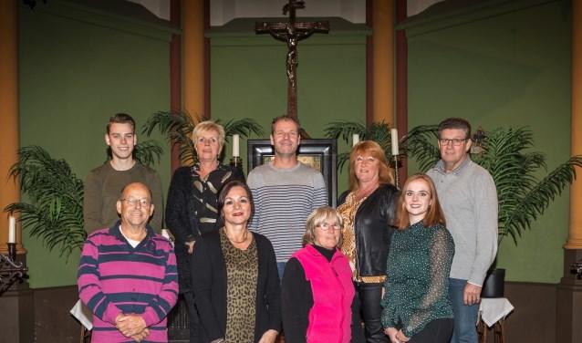 • De commissie Kerstconcert bestaat uit: Anne van Boxtel, Daan van Dijk, Corrie de Leeuw, Erna Verhoeven, Bèr van Rooy, Mari Hooijmans, Ingrid van Berkel, Sjannie van Hooft en Jurgen van der Kammen.