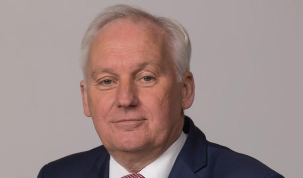 • Burgemeester Dirk van der Borg.