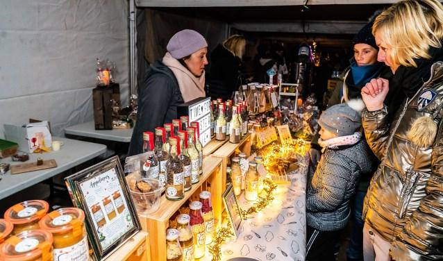 Kerstmarkt op de Maatgraaf in Hagestein