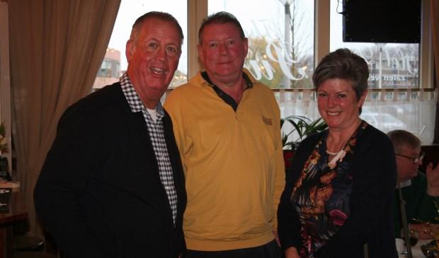 • Nald Rietbergen (midden) komt in plaats van André van der Leest in raad VHL.