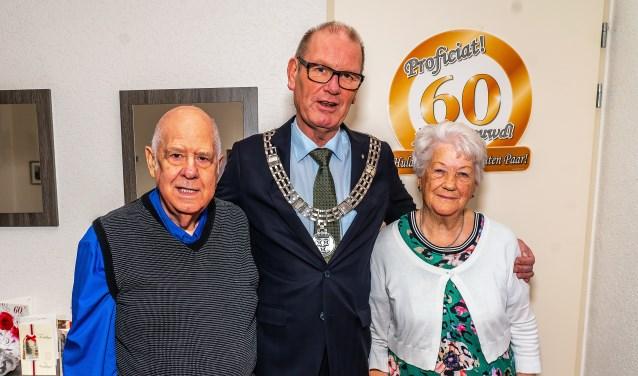 Echtpaar Middelkoop-Stap 60 jaar getrouwd
