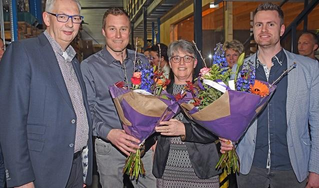 • Bloemen voor Anneke en Ton Boshuis.