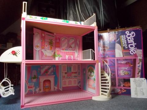 Barbie huis en inrichting marktplein het kontakt app