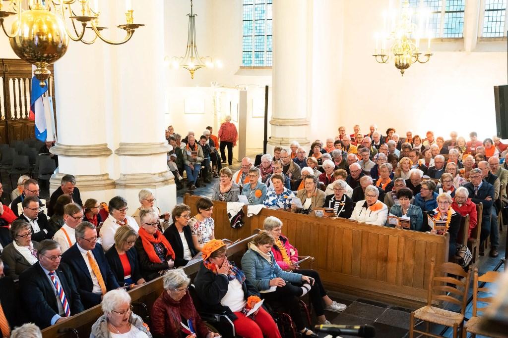 5e Oranjeconcert in Grote Kerk Vianen Foto: Nico van Ganzewinkel © Vianen