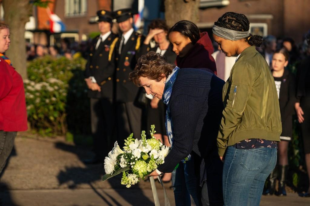 Dodenherdenking in Vianen Foto: Nico van Ganzewinkel © Vianen