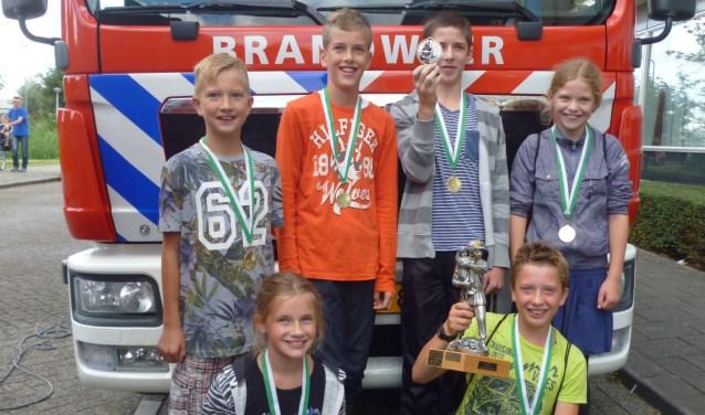 • De Schakel won twee jaar geleden de schoolstrijd tijdens de jeugdbrandweerdag in Nieuw-Lekkerland.