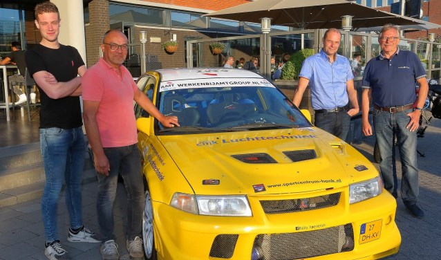 Rally Team Leemans met de Mitsubishi Lancer Evo VI.