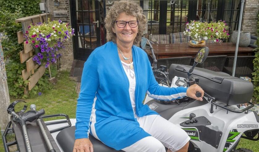 • Agatha Heikoop op haar aangepaste quad.